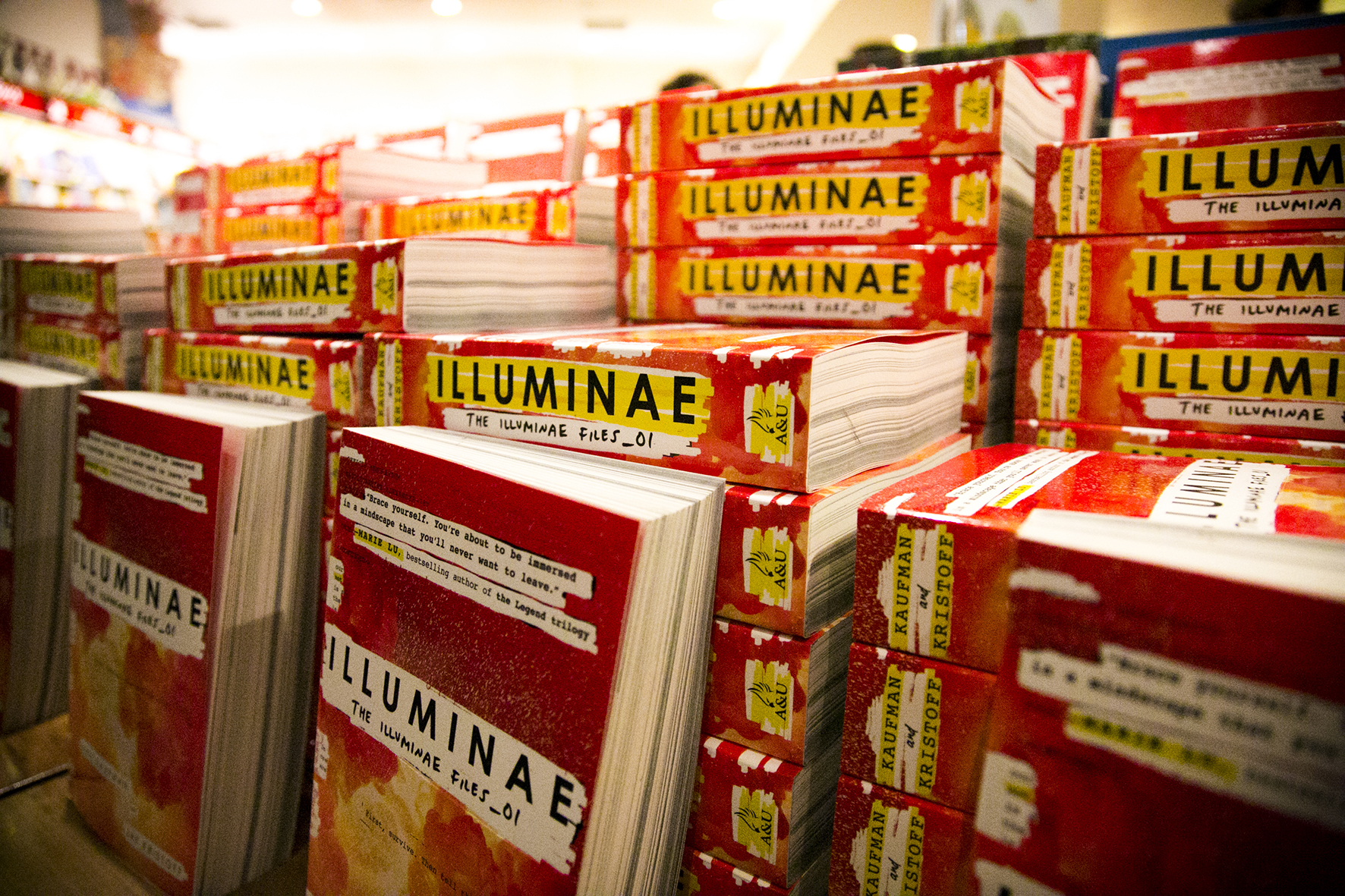 2015-10-23 Illuminae Launch-3